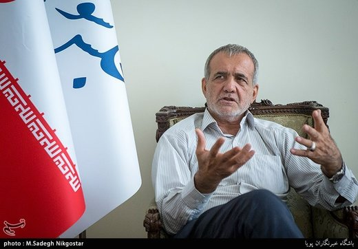 پناهیان وجناحش در مطالبه شفافیت دنبال بهره برداری سیاسی اند/ مسعود پزشکیان